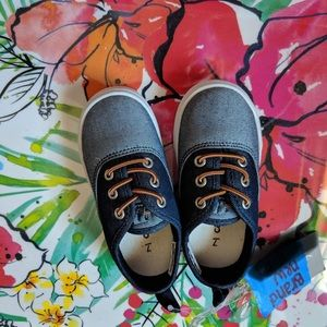 Toddler size 7 carter sneakers NWT